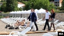 Премиерот Никола Груевски во посета на Дојран на 17 мај 2013 година.