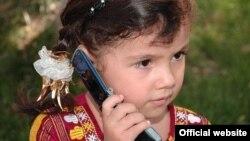 "Häzir Türkmenistanyň ilatyna ýeke-täk mobil operatory ""Altyn Asyr"" hyzmat edýär."