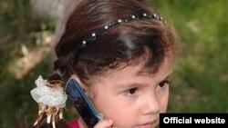"Шикоят ва арз билан телефон қилиб¸ рисоладагидай жавоб олинмагач¸ оддий одамлар ишонч телефонларини ""лағмон"" телефонлари деб аташмоқда экан."