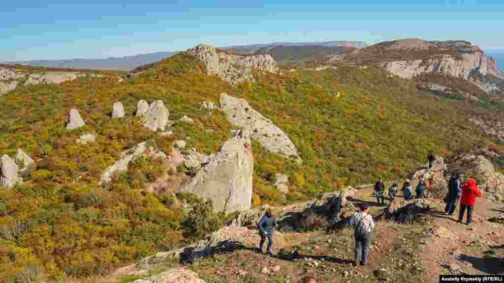 Вид с восточного склона Ильяс-Кая