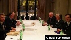 Встреча глав МИД Армении и Азербайджана в Вене, 6 декабря 2017 г․
