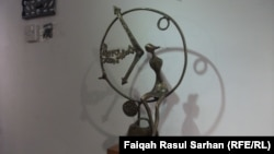 نحت للفنانم العراقي المغترب عماد الظاهر