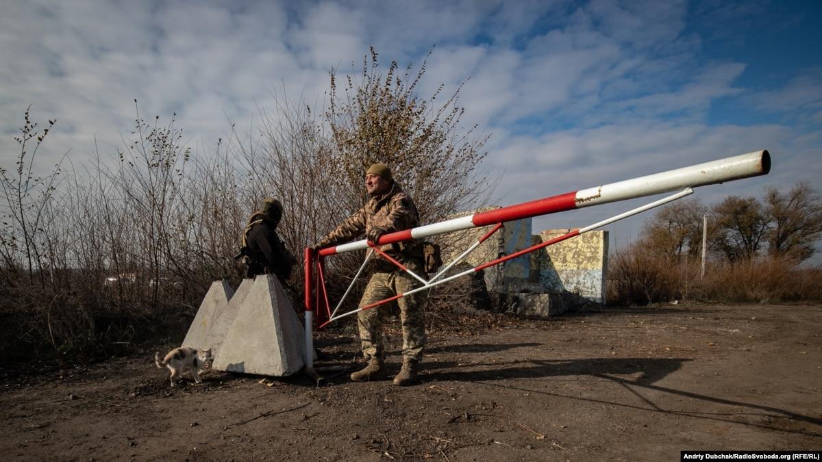 Боевики сорвали разведение сил и средств в районе Богдановки и Петровского – штаб ООС
