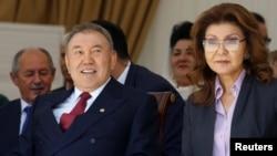 Қазақстан президенті Нұрсұлтан Назарбаев пен қызы Дариға Назарбаева. Алматы, 1 мамыр 2016 жыл.