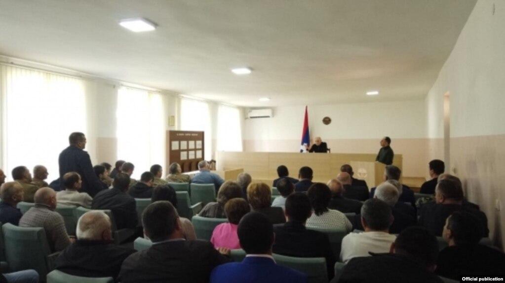 Бако Саакян провел рабочее совещание с руководством города Мартуни