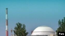 کشورهای حاشیه خلیج فارس، در باره پیامدهای یک سانحه هسته ای احتمالی در نیروگاه بوشهر، ابراز نگرانی می کنند.