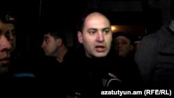 Պատգամավոր Մարտուն Գրիգորյանը Գյումրիում հունվարի 15-ի իրադարձությունների ժամանակ