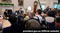 Під час офіційної зустрічі президентів України і США