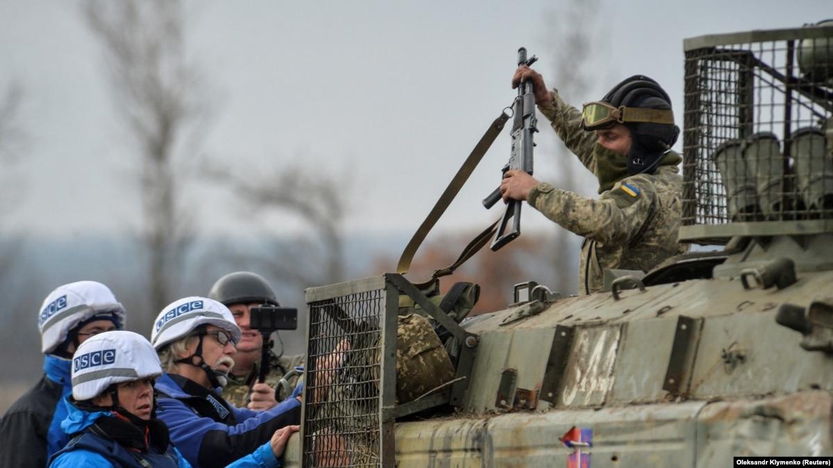 Киев предлагает 3 новые участки разведения и повторную верификацию отвода тяжелых вооружений – Олифер