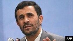 محمود احمدی نژاد تدوین قطعنامه تازه تحریم علیه ایران را بی تاثیر می داند.