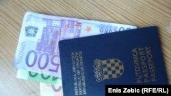 Hrvatska putovnica i novčanice eura - ilustracija