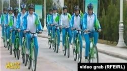 Массовый велопробег в Ашхабаде (Архивное фото)