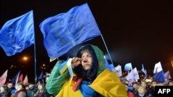 Массовые акции протеста в Киеве и в других городах страны начались в минувшее воскресенье