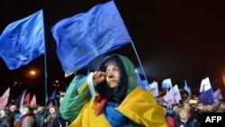 Массовые акции протеста в Киеве и в других городах страны начались в минувшее воскресенье.