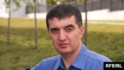 Tajik authorities have put pressure on the family of Akhbor founder and editor Mirzo Salimpur.