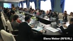 Встреча многодетных матерей с чиновниками. Караганда, 22 января 2020 года.