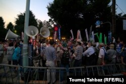 گروههای مختلف مردم ژاپن در اعتراضات هفتههای گذشته شرکت کردهاند