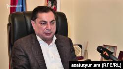 Эрмалойчоьнан Республикан партин парламентерчу фракцин куьйгалхо Багдасарян Ваграм.