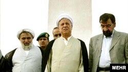 محسن رضایی در کنار هاشمی رفسنجانی در خلال سفر خرداد ماه ۸۷ به عربستان سعودی