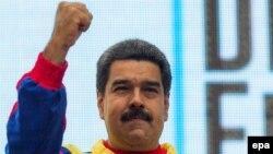 Avtoritar prezident Nicolas Maduro