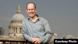 Генеральный директор Лондонского марафона Хью Брэшер