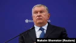 Rosneft chief Igor Sechin attends a session of the St. Petersburg International Economic Forum in June 2019.