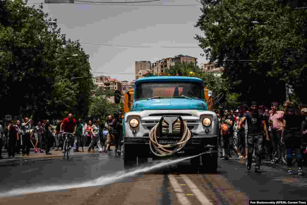 Фото від 27 червня з проспекту Баграмяна
