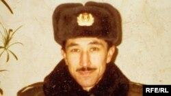 Равил Миңһаҗевнең хәрби хезмәттә булганда төшкән фотосы