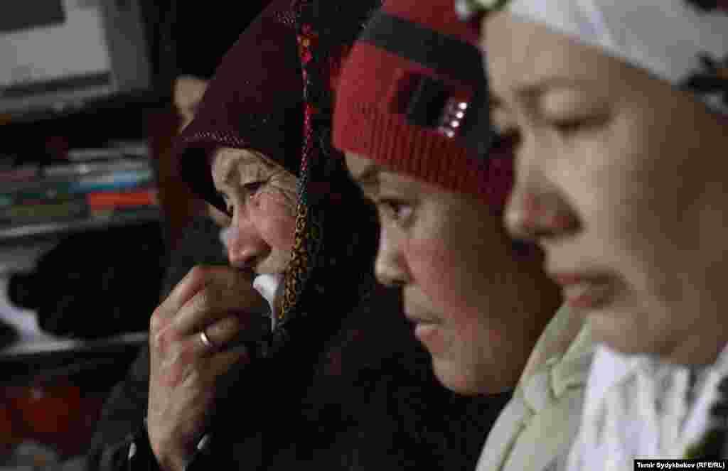 """16-январда """"Манас"""" аба бекетинин жанындагы Дача айылына «Боинг 747-400» кулап, акыркы расмий маалыматтар боюнча 37 адам набыт болду."""