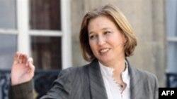 خانم لیونی می گوید که چین می تواند نقش موثری در فشار به ایران ایفاء کند.
