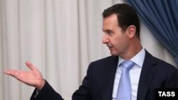 Президента Сирии Башара Асада обвиняют в многочисленных нарушениях прав человека и военных преступлениях против собственного народа