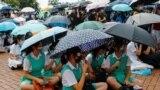 Студенты из двухсот вузов Гонконга вышли на улицы