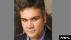 Kolumbiýa uniwersitetiniň Barnard kollejiniň professory Aleksandr Kuleý