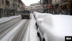 Архивска фотографија: Снег во Гостивар на 22 декември 2011 година.