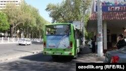 Тошкентда автобус бекати, 2014-йил (иллюстратив сурат)