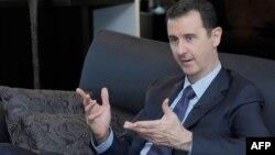 Сирия президенті Башар Асад журналистерге сұхбат беріп отыр. Дамаск, 25 тамыз 2013 жыл.