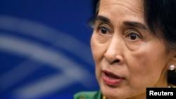 آنگ سان سوچی، مشاور دولت میانمار