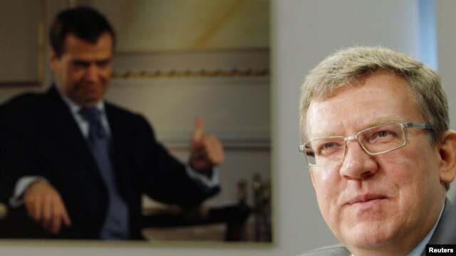 Former Russian Finance Minister Aleksei Kudrin could be trying to position himself as a bridge between the opposition and the authorities.
