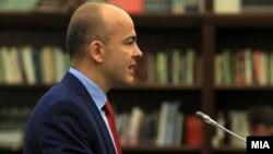Министерот за финансии Драган Тевдовски