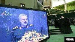 فرمانده نیروی دریایی سپاه روز دوشنبه در صحن علنی مجلس از جزییات بازداشت ملوانان آمریکایی در خلیجفارس، سخن گفت