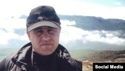 Эскендер Небиев