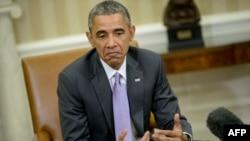 Барак Обама журналисттерге билдирүү жасап жатат. 3-март,