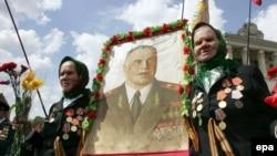 Slika sa likom maršala Georgija Žukova, fotoarhiv