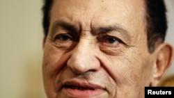 """Egyptian President Hosni Mubarak: """"He will not leave."""""""