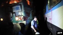На місці зіткнення поїздів у тунелі на околиці Белграда, 2 травня 2013 року