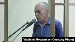 Олексій Сизонович на одному із засідань суду в Ростові, Росія