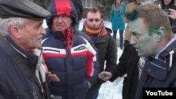 Biýsk – Nawalny Sibirde öz programmasyny maslahatlaşýar.