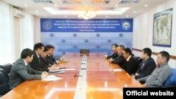 Встреча представителей МИД КР с диаспорой в Алматы.
