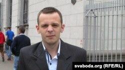Студэнт Вышэйшага дзяржаўнага каледжу сувязі Максім Маханькоў