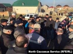 Жители поселка Семендер обещают протестовать против питомника